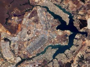 איך נראות הערים המתוכננות במבט מהחלל