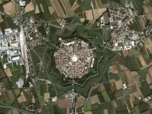 פלמנובה, איטליה