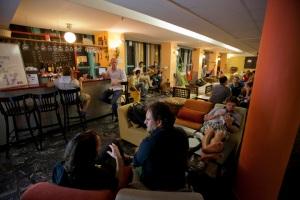 אברהם הוסטל. חווית תיירות חברתית ומקומית