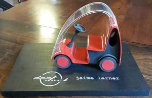 מודל המכונית החשמלית של ז'יימה לרנר